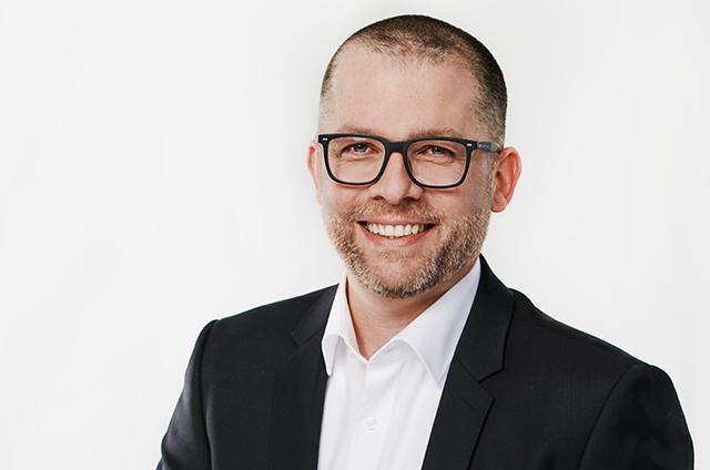 Sascha de Clerque, Geschäftsführer von allinvos und Digital-Pionier